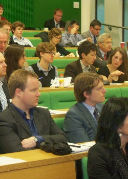CER/LSE economics conference 'Institutions of economic governance for an incomplete union' event thumbnail